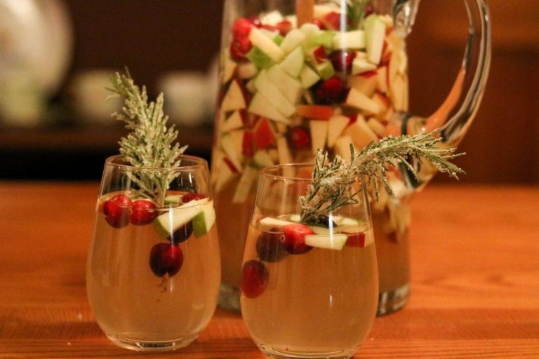 Winter White Missouri Sangria