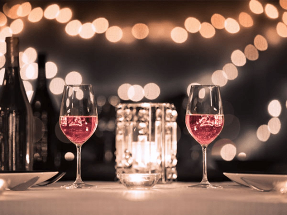 Date Night At Pinot's Palette & Other Spots Around Naperville!