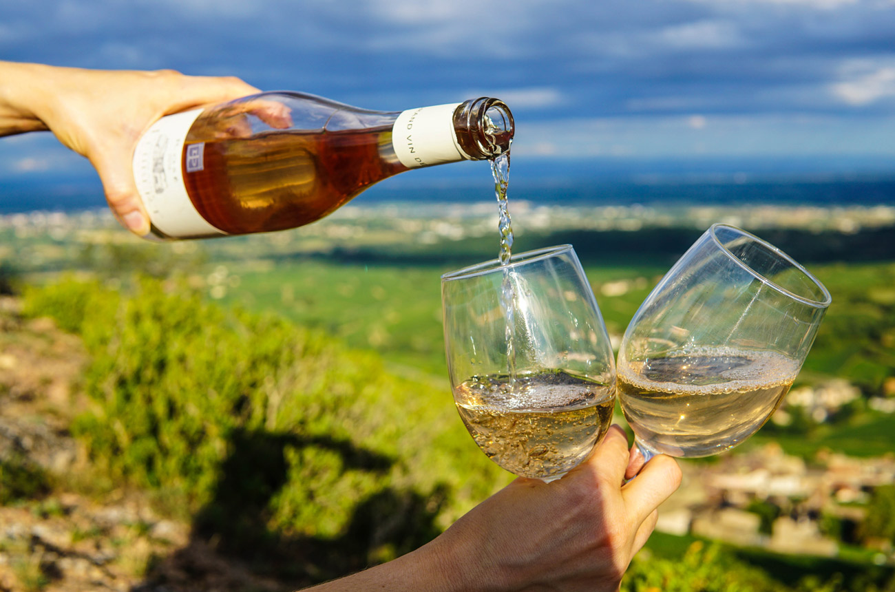 Delicious Wines To Enjoy This Summer