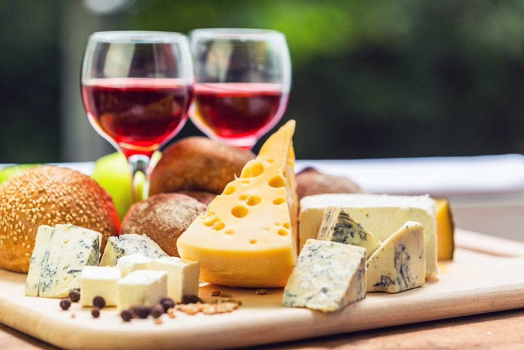 How To Host A Wine and Cheese Party!