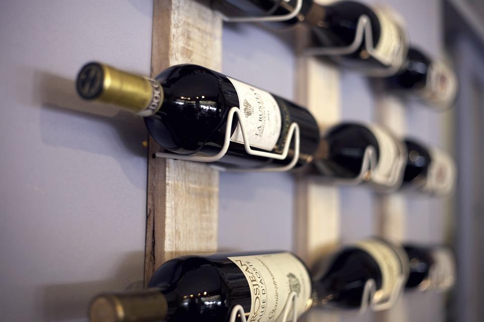 Wine rack individual bottles